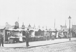 Kiel - Fischbuden am Wall 1910