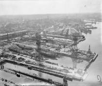 Kiel 1945 - Docks