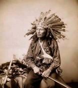 Indianer-bewaffnet3