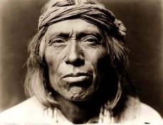 Zuni-Krieger II