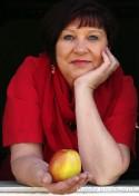 Angela Manz II