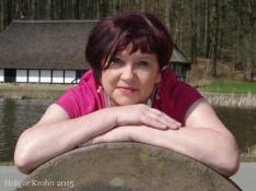 Angela Manz I