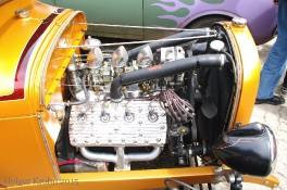 Ford V8 - 4922